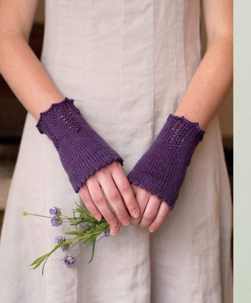 The Best of Jane Austen Knits - Hetty's Sunday Ciuffs beauty shot