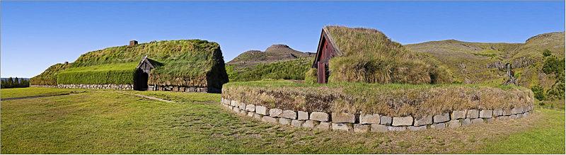 800px-2010-08-09-07110-03_Iceland_Thjodveldibaer