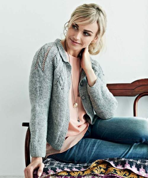 Perfectly Feminine Knits - Agnes beauty image